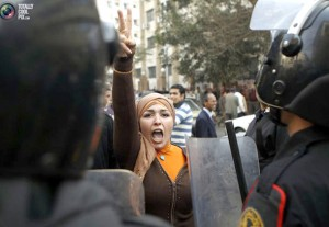 زنان مبارز مصری برای مطالبه ی حقوقشان از پا ننشستند