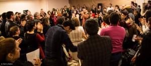 سیاوش شعبانپور و غزال پرتو به تشویق تماشاگران پاسخ می دهند