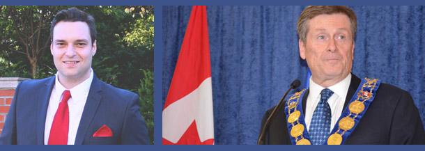 جان توری شهردار تورنتو (راست) به پیشنهاد دیوید موسوی (چپ) بیستم مارچ را روز نوروز نام گذاری کرد