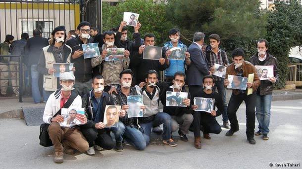 پناهجویان در اعتراض و اعتصاب به بلاتکلیفی در ترکیه