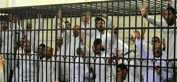 egyptian-protesters-in-court-jail-muslim-brotherhood