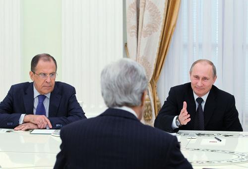 دیدار جان کری با ولادیمیر پوتین و لاواروف