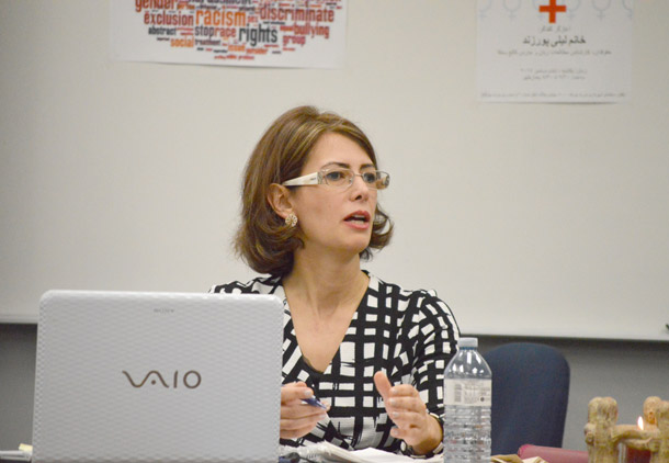 لیلی پورزند در کمیته فرهنگی کنگره ایرانیان کانادا