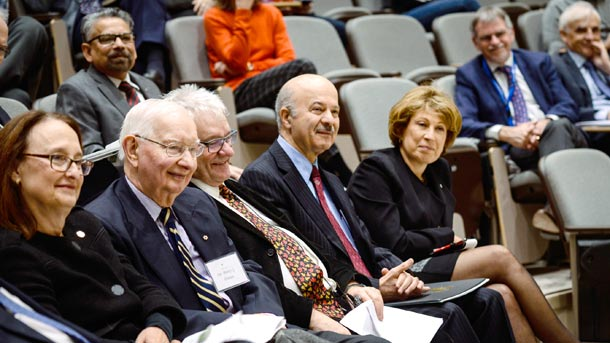 1st row: from left to right:  Dr. Rosie Goldstein (Vice-Principal, Research & International Relations, McGill University, Montreal); Dr. Henry G. Friesen (Distinguished Professor Emeritus, University of Manitoba, Winnipeg); Sir Paul Nurse; Reza Moridi; Professor Mona Nemer (Vice President Research, University of Ottawa).  2nd row from left to right:  Dr. Mario Pinto (President, National Science and Engineering Research Council -NSERC);  Dr. Duncan Stewart (President & CEO, Ottawa Hospital Research Institute); and Dr. John Floras (immediate Past-President, The Banting Research Foundation).