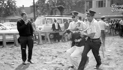دستگیری برنی سندرز در تظاهرات اعتراضی