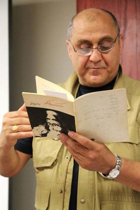 سهیل پارسا در نشست کتاب ماه تهرانتو از مرگ یزدگرد می خواند عکس بهارک سلطانی