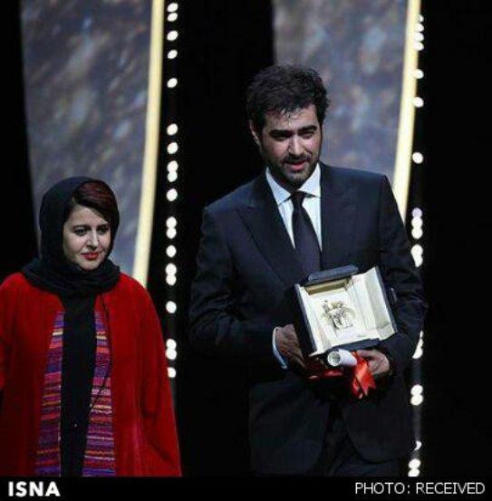 شهاب حسینی برنده بهترین بازیگر مرد شد. او در کنار کتایون شهابی عضو ایرانی هیئت داوران ایستاده است