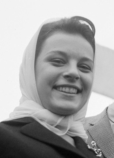 Hülya_Koçyi-it_1964