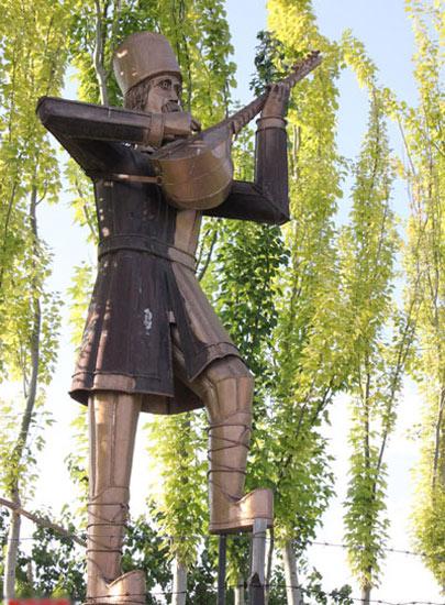 مجسمه عاشیقلار ـ تبریز 1354