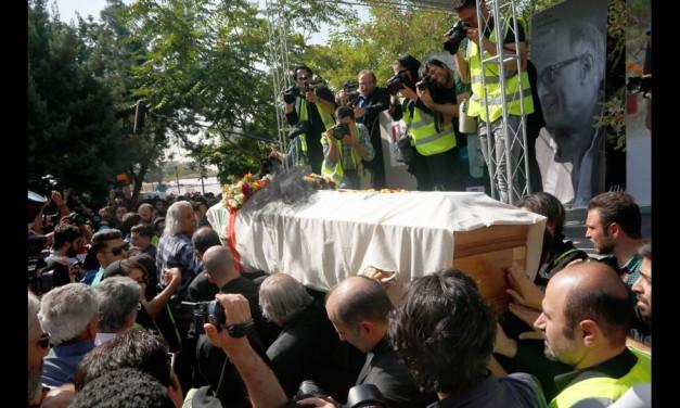مراسم خاکسپاری عباس کیارستمی به روایت دوربین پرهام دیده ور