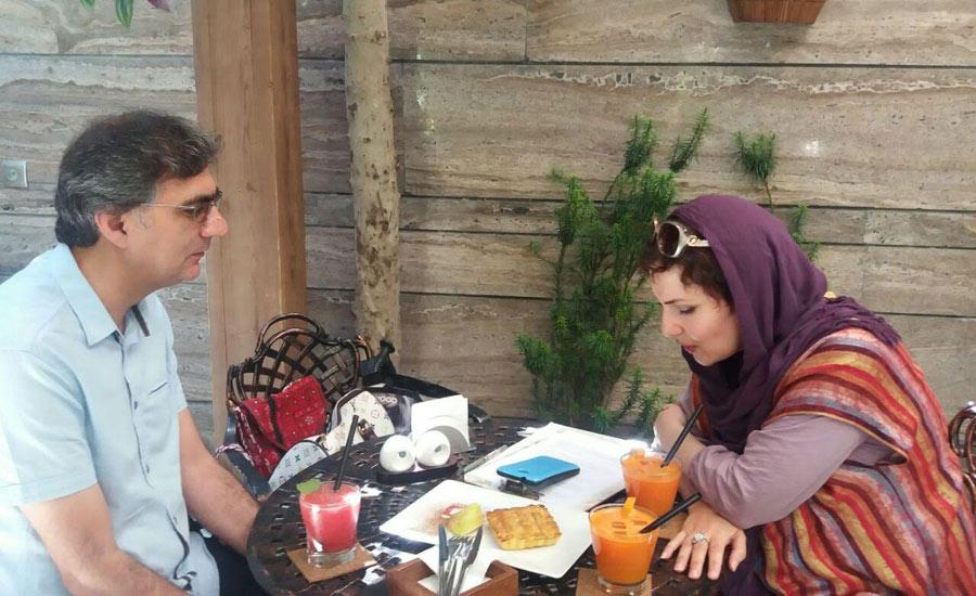 شیوا شرفپور در مصاحبه با محمد احسانی