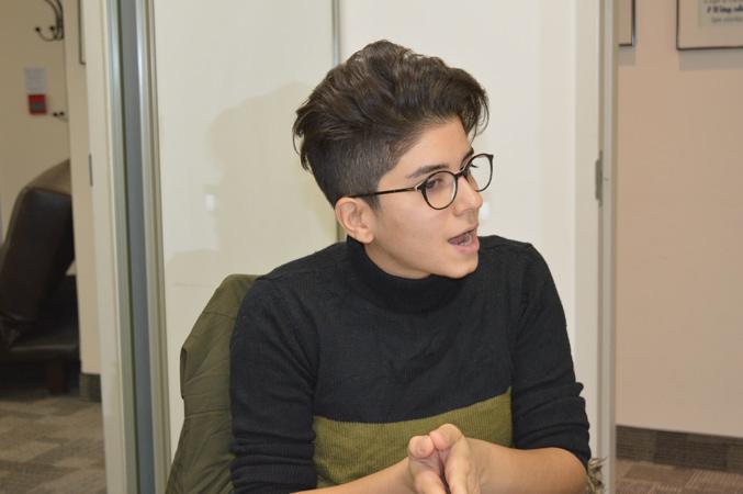 الینا آذری
